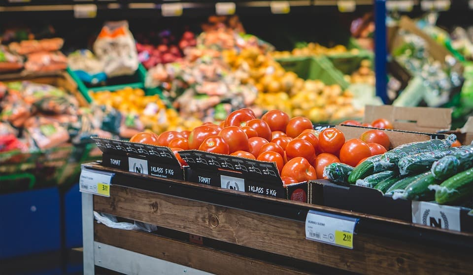 When responding to food price increases, households adjust their consumption patterns in a number of ways by scrimping and saving.